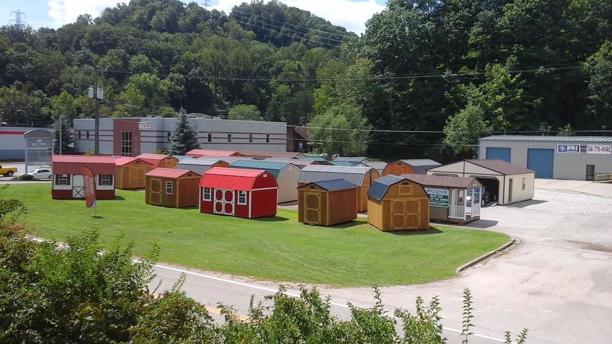 photo of Mountaineer Buildings yard